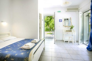 Apartment with 2 bathrooms vivian kefalonia-03