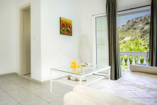 First floor apartment A vivian kefalonia-01