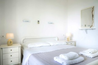 double bed studio vivian kefalonia-02