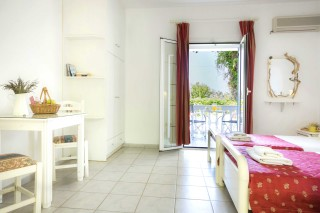 two single beds studio vivian kefalonia-01