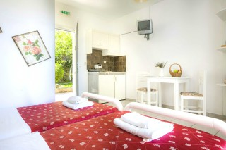 two single beds studio vivian kefalonia-04